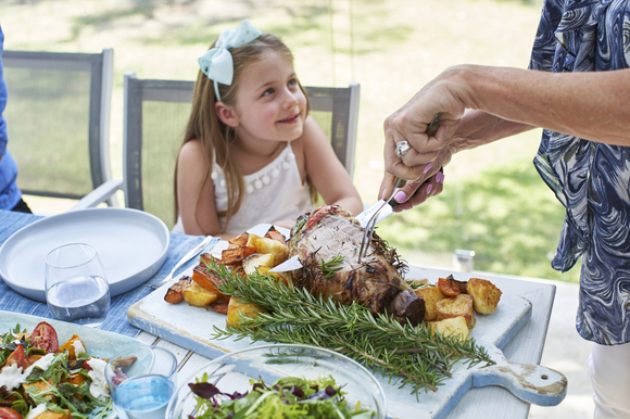 Lifestyle images: Alfresco family lunch